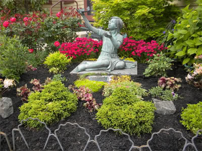 betty-powell-memorial-garden-300h-jpgoriginal